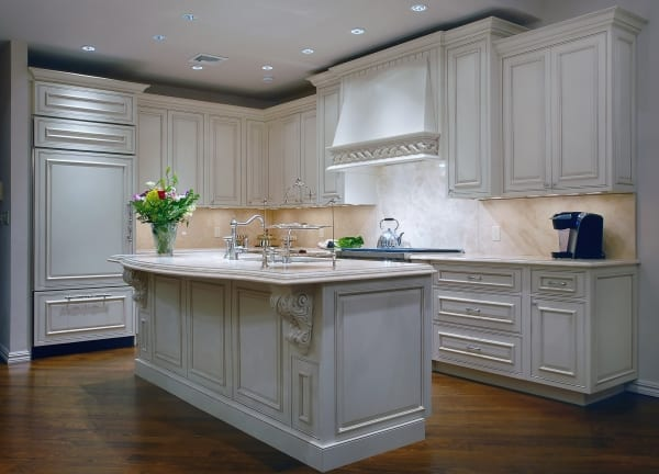 Traditional & Transitional Kitchen | The Creative Edge, Inc. | Nava Slavin | Interior Design